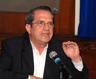 Patiño pasa revista en Venezuela a acuerdos entre ambos países