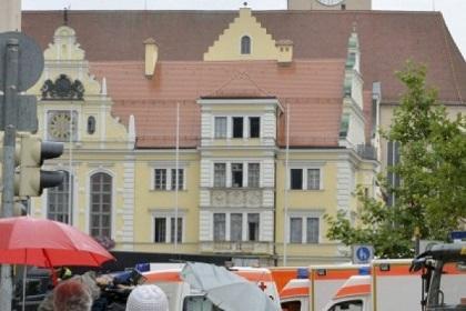 Hombre secuestra a varias personas en Alemania