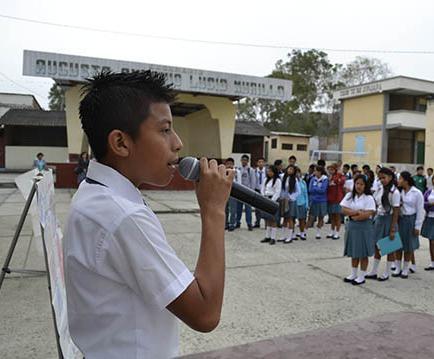 Buscan rescatar valores en estudiantes de colegio