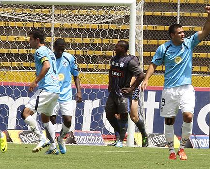 Federico Laurito está a cinco goles de ser el goleador del campeonato