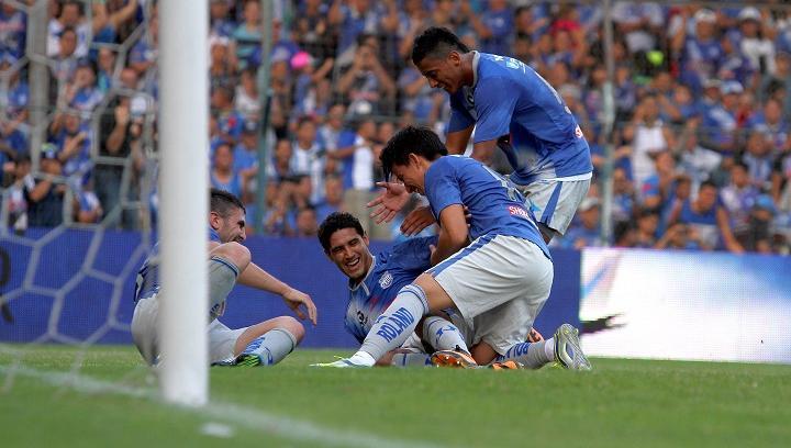 ¡Victoria azul! Emelec goleó 7-0 a Universidad Católica