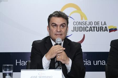 Serrano anuncia la captura de 'los jefes' de 'Los Choneros'