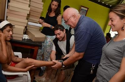Voluntarios italianos realizan obras sociales en Santo Domingo
