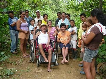 'Chigualos', de casa en casa cantando al niño Jesús