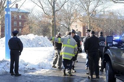 Joven universitario es detenido por falsa amenaza de bombas en Harvard