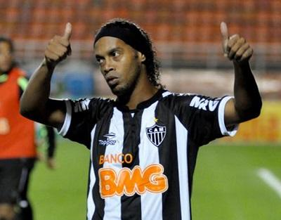 Ronaldinho buscará hoy llevar a Atlético Mineiro a la final del Mundial de Clubes