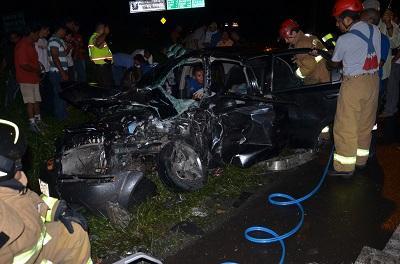 Policía identificó a los dos heridos por triple choque automovilístico