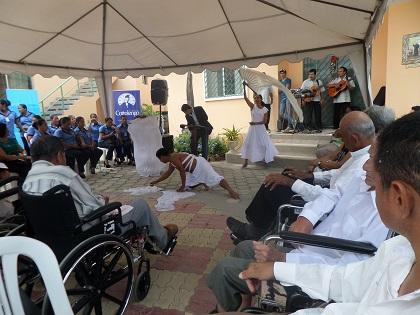 Realizan homenaje para los pacientes de la Fundación Cottolengo