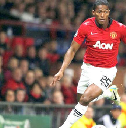 Antonio Valencia sigue en los planes del United