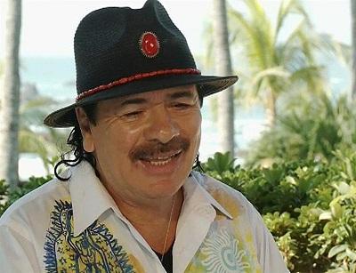Carlos Santana reúne a varias estrellas latinas en su nuevo disco