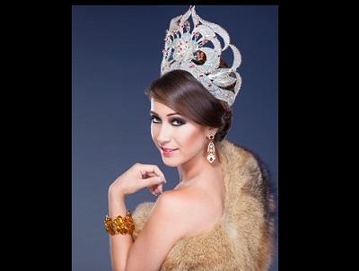 Reina de Santo Domingo compite por la corona de la desinformación nacional