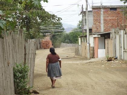 Moradores de la calle 24 de Mayo de Montecristi piden ayuda