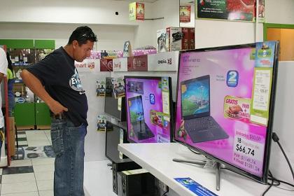 Almacenes de electrodomésticos reportan mayor venta de televisores para esta Navidad