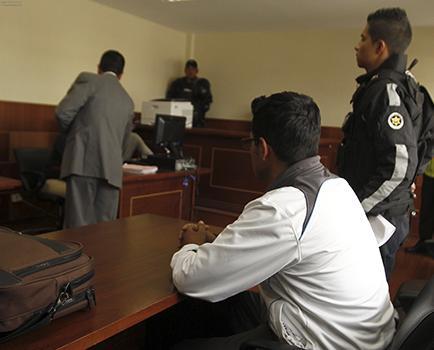 Prisión preventiva para séptimo policía vinculado por presunto magnicidio
