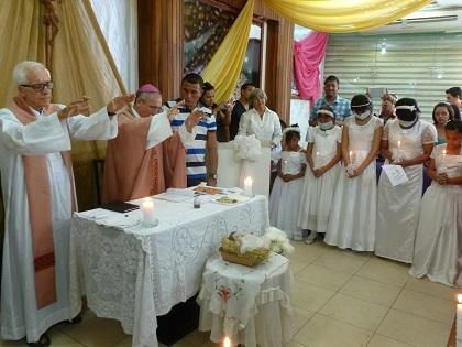 11 'Guerreros contra el cáncer' recibieron sus sagrados sacramentos