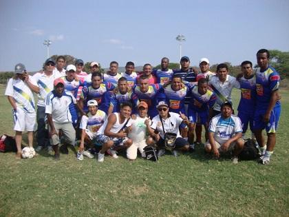 Yapapli FC pasa a la final del campeonato provincial 'Estrellas del Recuerdo'