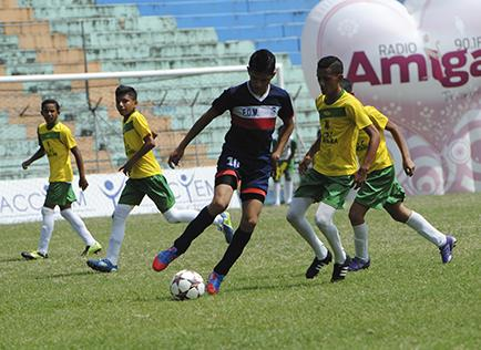 Portoviejo y El Carmen se juegan el campeonato
