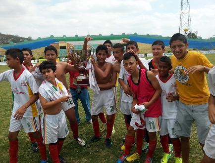 ¡El Carmen es campeón de la Copa El Diario! (VIDEO)