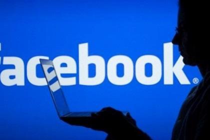 Mujer intenta vender a su hija de 4 años  a través de Facebook