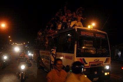 Los campeones de la Copa El Diario fueron recibidos con caravana