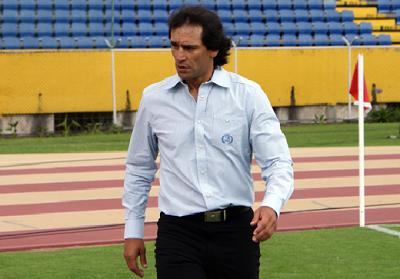 Fabián Bustos es el nuevo técnico de Liga de Portoviejo