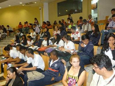Santodomingueño recibirá una beca por 250 mil dólares para estudiar en EE.UU.