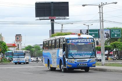 Moradores de Urbirríos 2 piden que el transporte urbano llegue hasta el sector