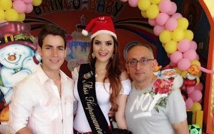 Eliana Molina entregó canastas y juguetes a adolescente y niños con VIH
