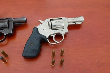 La Policía halla armas en la cooperativa Plan de Vivienda Municipal