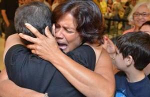 El mejor regalo: Una cubana llega a Miami para donar médula a su hermana