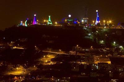 Un pesebre gigante iluminó la Navidad de Quito