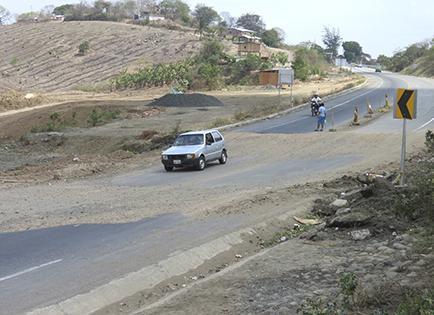 Se destruye la vía en tramo el cerro