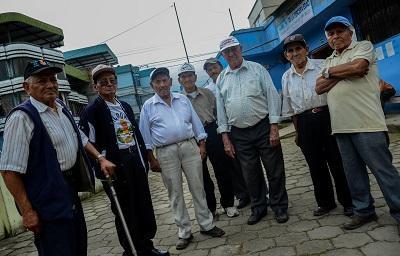Ecuatoriana nika volek 1 70 el olvido