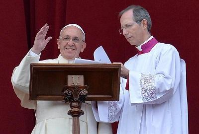 El papa recuerda que no existe 'la visión endulzada y de cuento' de la Navidad