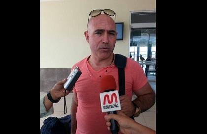El técnico Juan Manuel Llop ya llegó a Manta