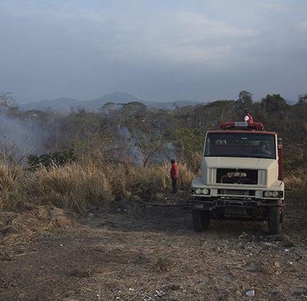 Bomberos preocupados por incendios forestales