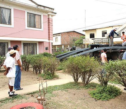 Tres planteles recibieron ayuda del municipio