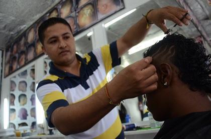 Los centros de belleza de Santo Domingo colapsan en Fin de Año