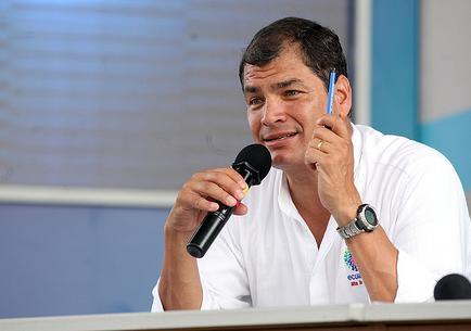 Rafael Correa visitará Cuba, Chile, Asia y Oriente Medio en 2014