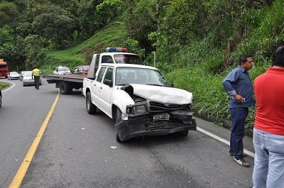 Choque múltiple en la vía a Quito no dejó heridos