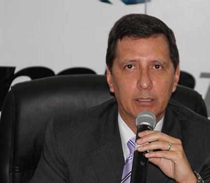 Ministro destaca avance de telecomunicaciones