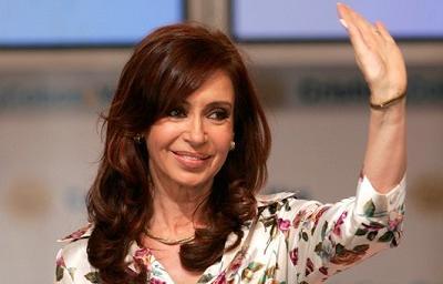 La presidenta de argentina aparece desnuda en la portada for Revistas argentinas de farandula