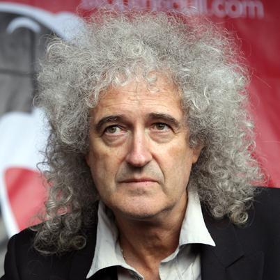 Brian May se somete a pruebas por temor a padecer cáncer