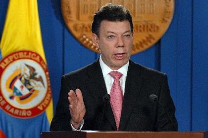 Santos garantiza 'transparencia' y 'libertad' en comicios de 2014 en Colombia