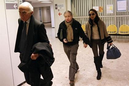 Los Schumacher piden privacidad tras colarse periodista vestido de cura