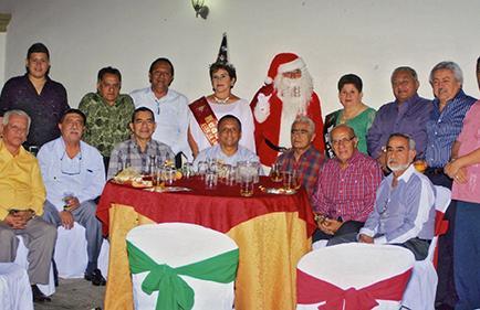 Club festeja con cena la Navidad