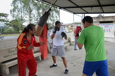 Exgloria del box santodomingueño regresa al cuadrilátero como entrenador