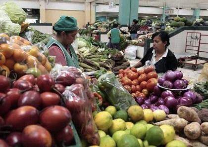 Presidente Correa calcula que la inflación de Ecuador será del 3,2 % en 2014