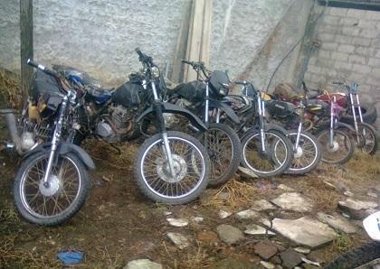 Retienen al menos diez motocicletas en La Manga del Cura