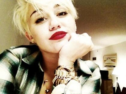 Miley desmiente rumor de Beyoncé